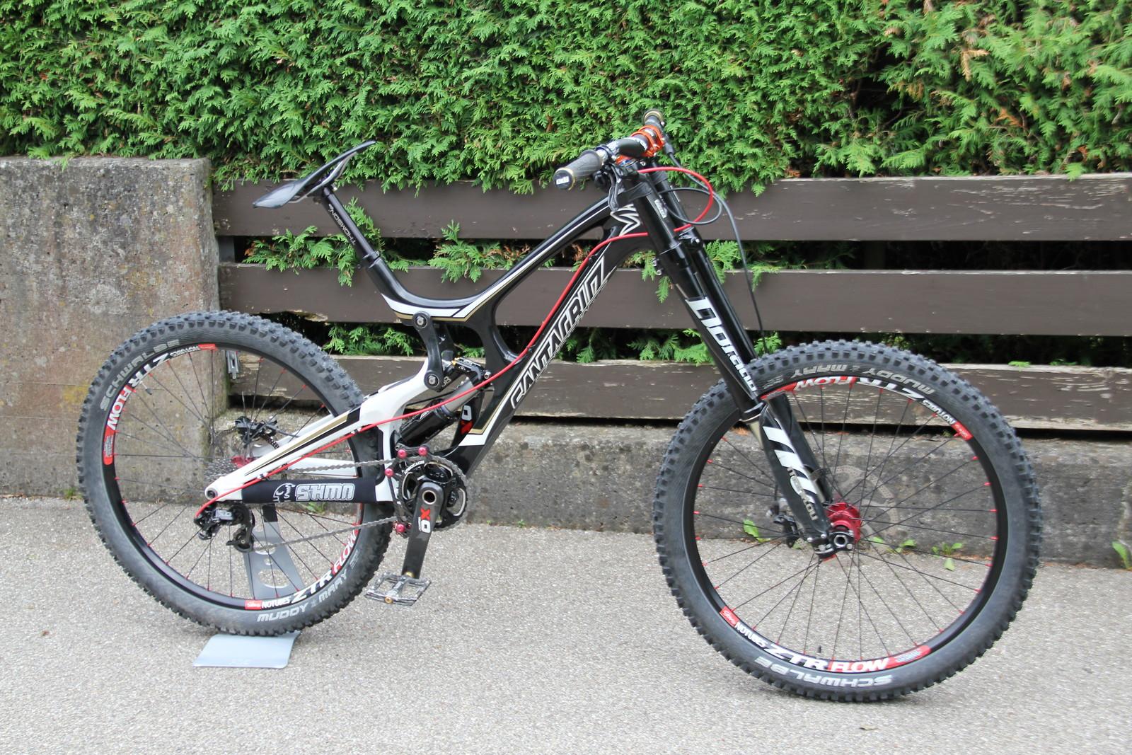 Santa Cruz V10 custom 14,44kg