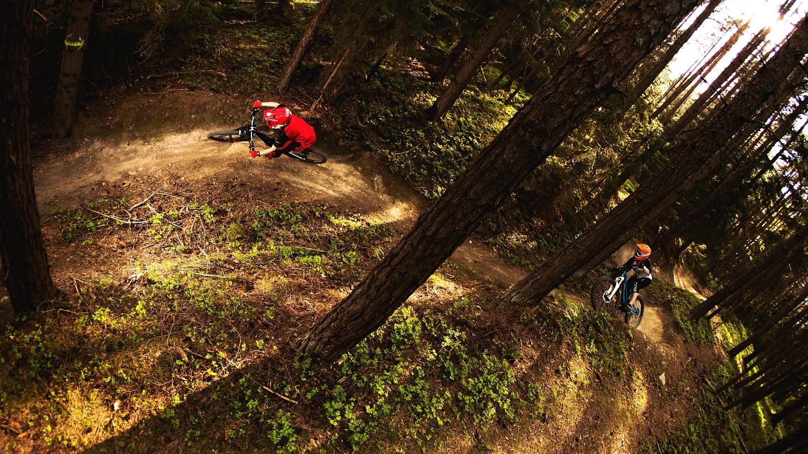 Girls way... - Mad Moss - Mountain Biking Pictures - Vital MTB