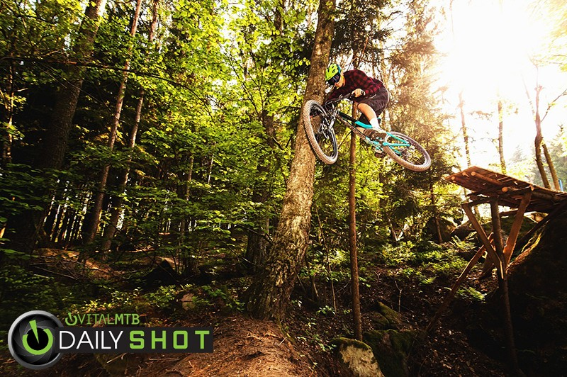 Demo - Mad Moss - Mountain Biking Pictures - Vital MTB