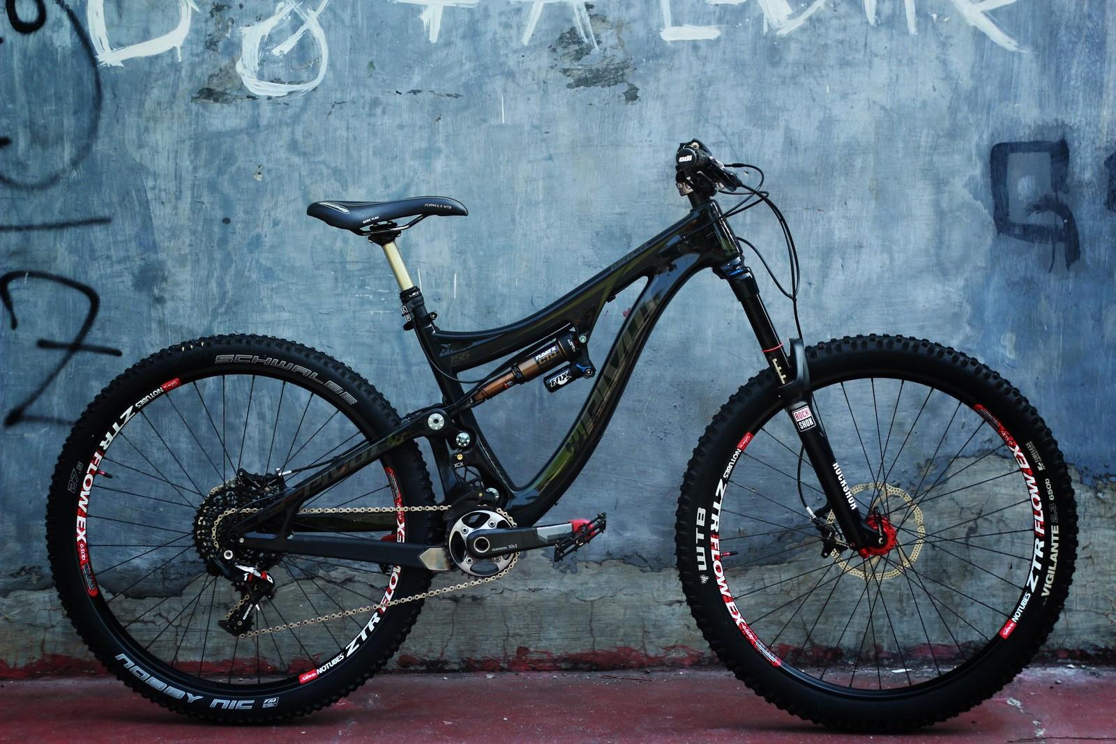 BLACK MACH 6