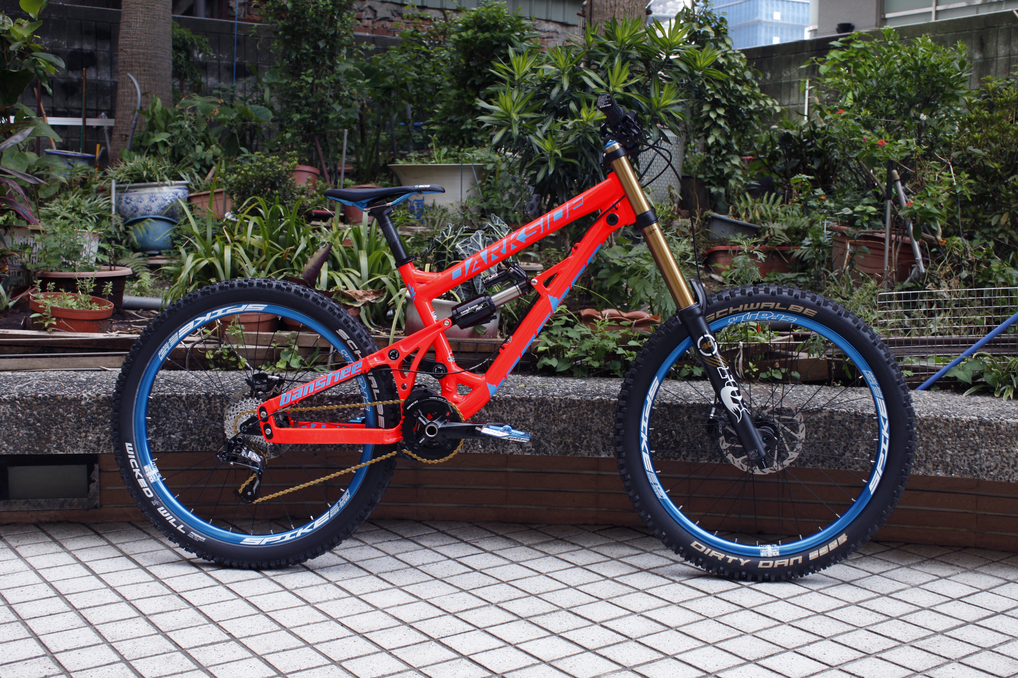 Banshee Darkside Neon Orange Blue Dirtybikes S Bike