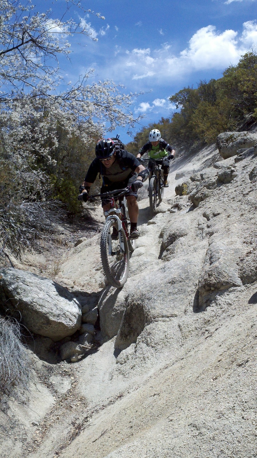 2,350 ft more of elevation loss from Hellrazor - ozzer - Mountain Biking Pictures - Vital MTB