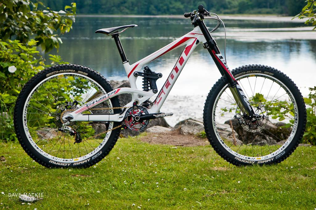 2d9bc50343f Scott Gambler 30 - BryanG's Bike Check - Vital MTB