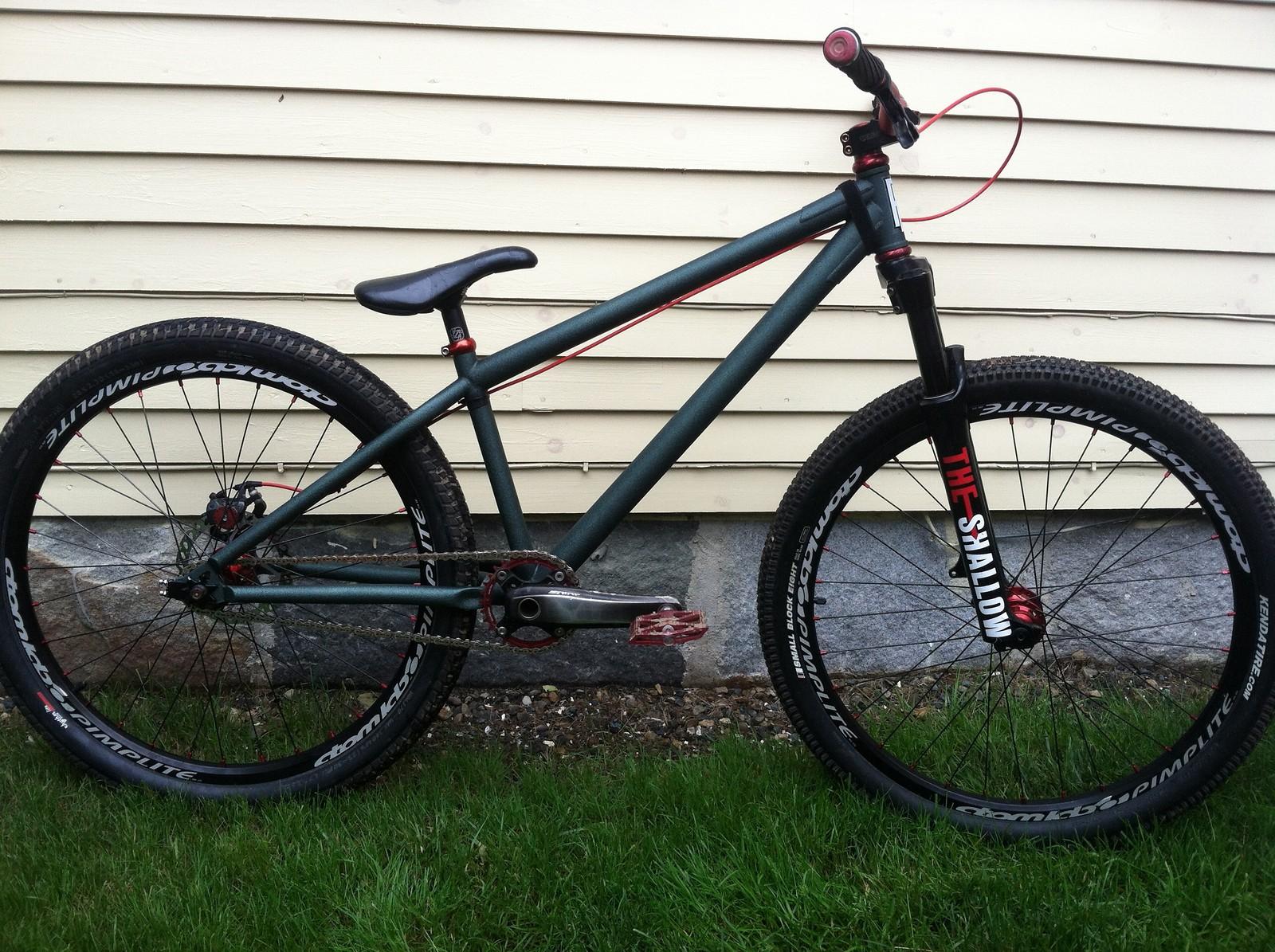 Dirt Jumper - DaddyWhite - Mountain Biking Pictures - Vital MTB