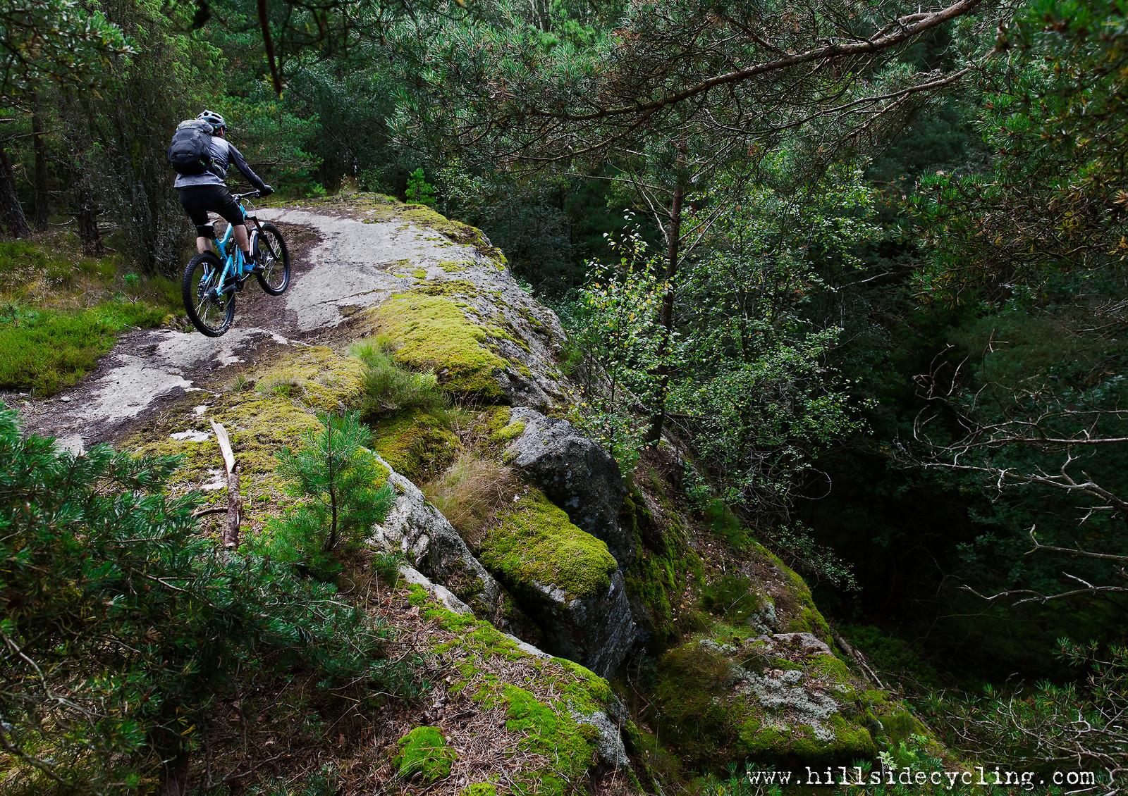 The Edge - Hillside Cycling - Mountain Biking Pictures - Vital MTB