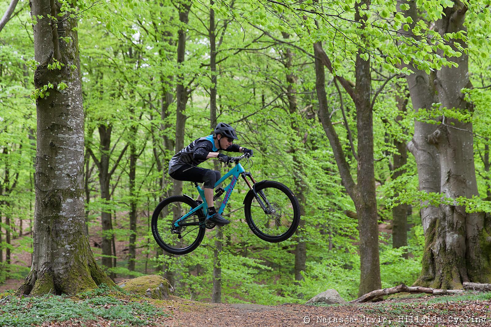 Go green - Hillside Cycling - Mountain Biking Pictures - Vital MTB