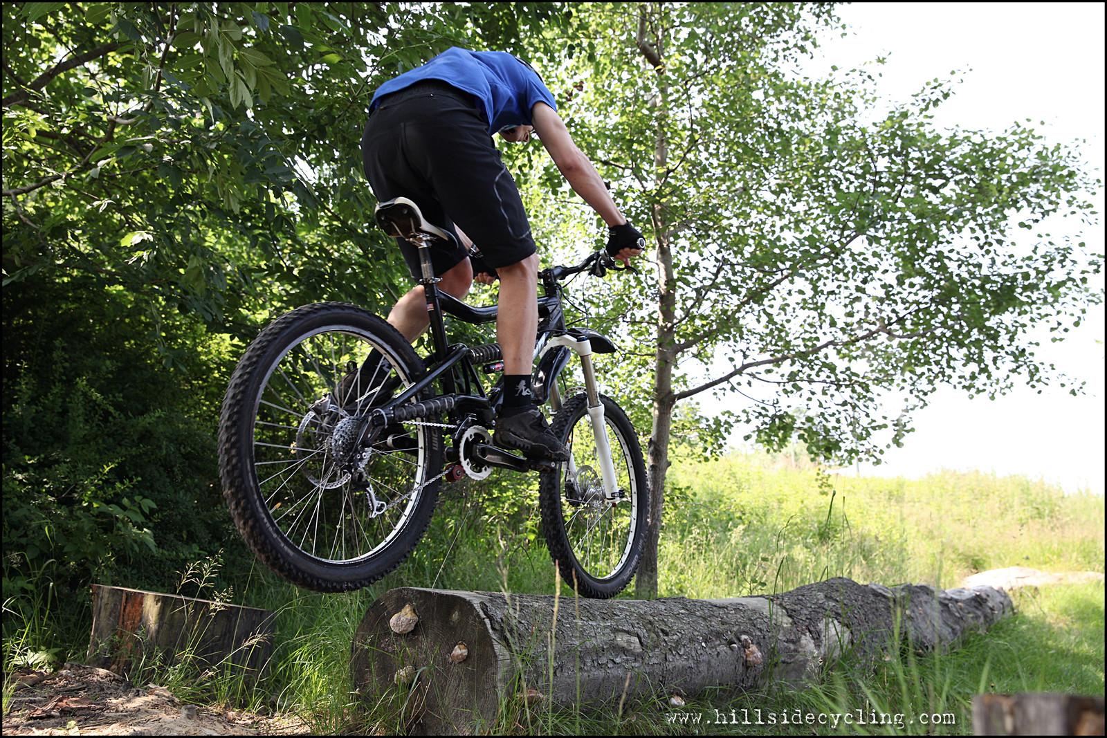 Log Ride - Hillside Cycling - Mountain Biking Pictures - Vital MTB