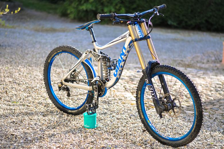 Downhill freeride bike