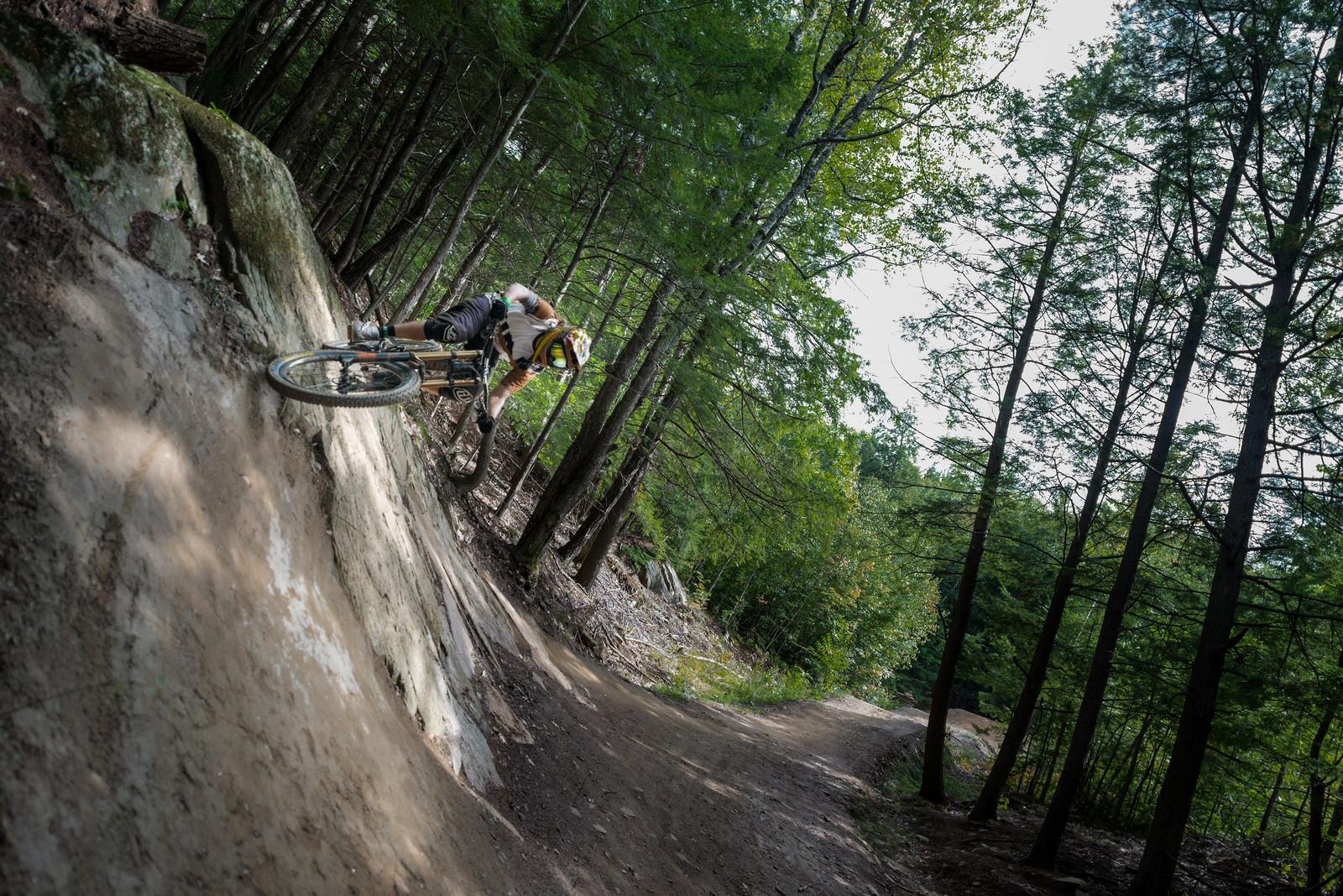 On the side - myriamlarochee - Mountain Biking Pictures - Vital MTB