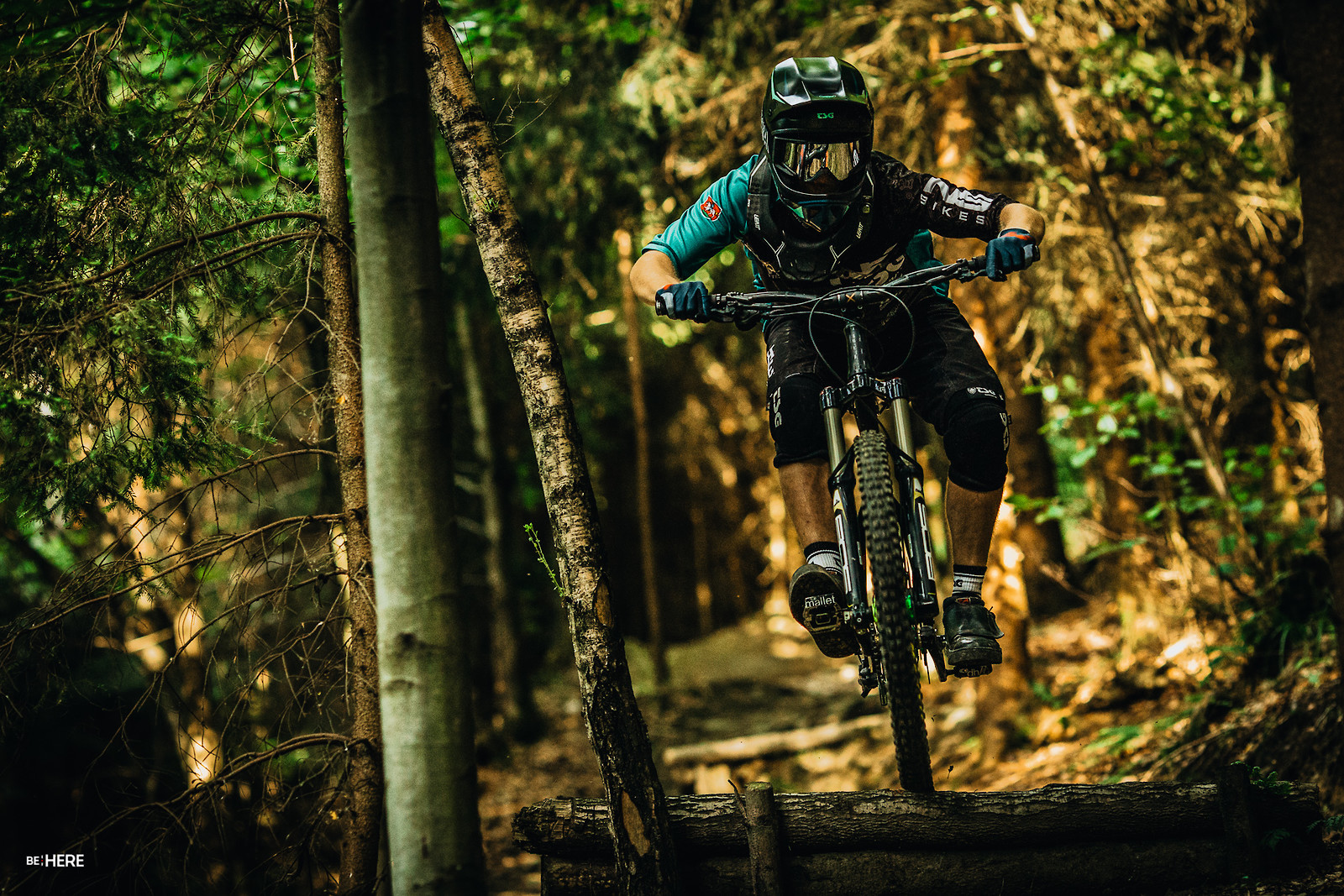 racing mode - Banan - Mountain Biking Pictures - Vital MTB