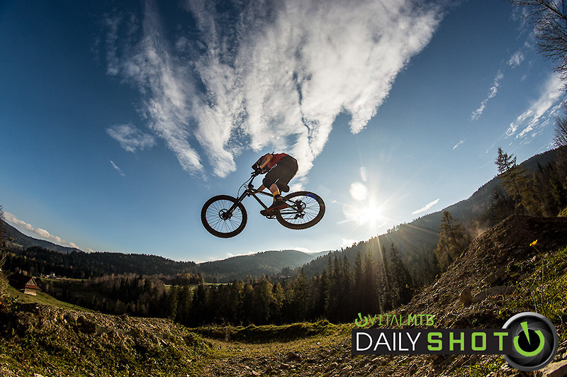 Hardtail Hucking - Banan - Mountain Biking Pictures - Vital MTB