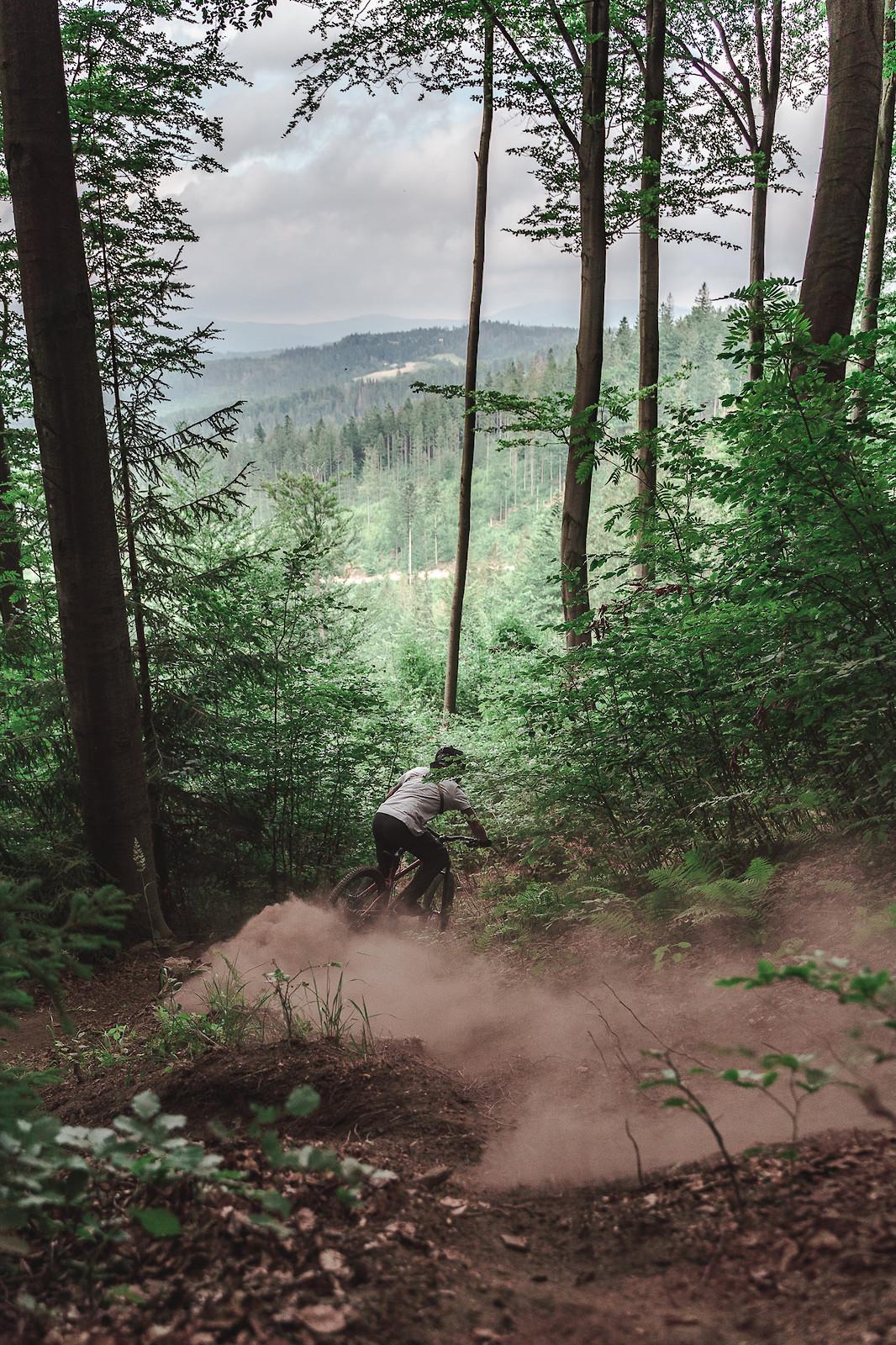 dust & mountains - Banan - Mountain Biking Pictures - Vital MTB