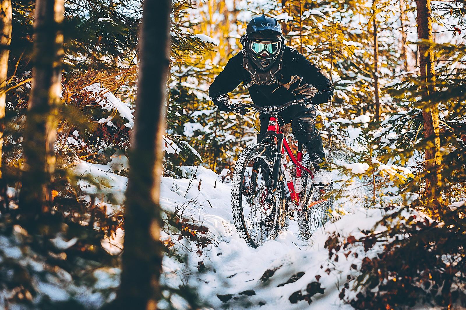 snow fun - Banan - Mountain Biking Pictures - Vital MTB