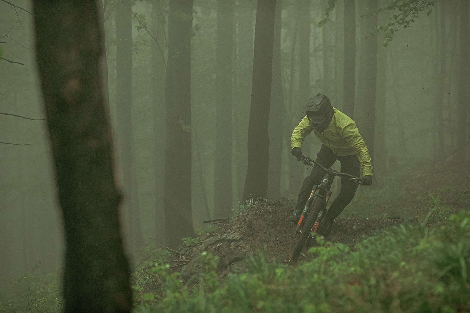 fog - Banan - Mountain Biking Pictures - Vital MTB