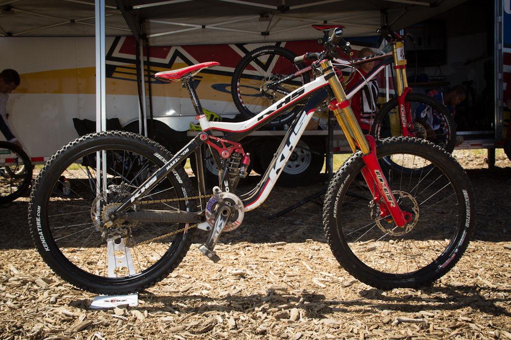 KHS DH300 Frame Specs - Five Pro GRT Bikes 2011 - Mountain Biking ...