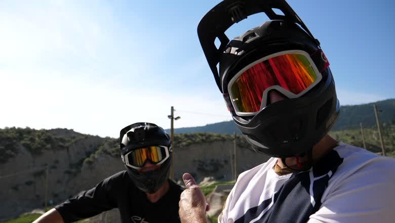 Kamloops Bike Ranch Shred with Eliott Lapotre and Matt Brooks