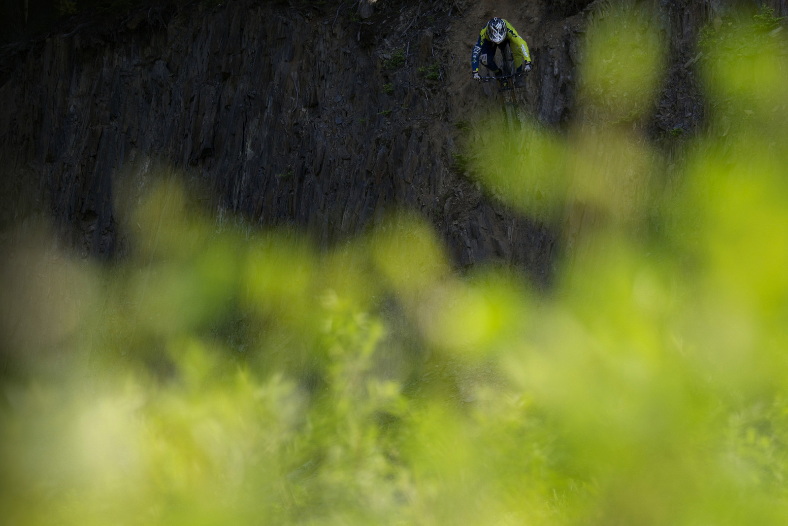 Heading Down - Dan Strangfeld - Mountain Biking Pictures - Vital MTB
