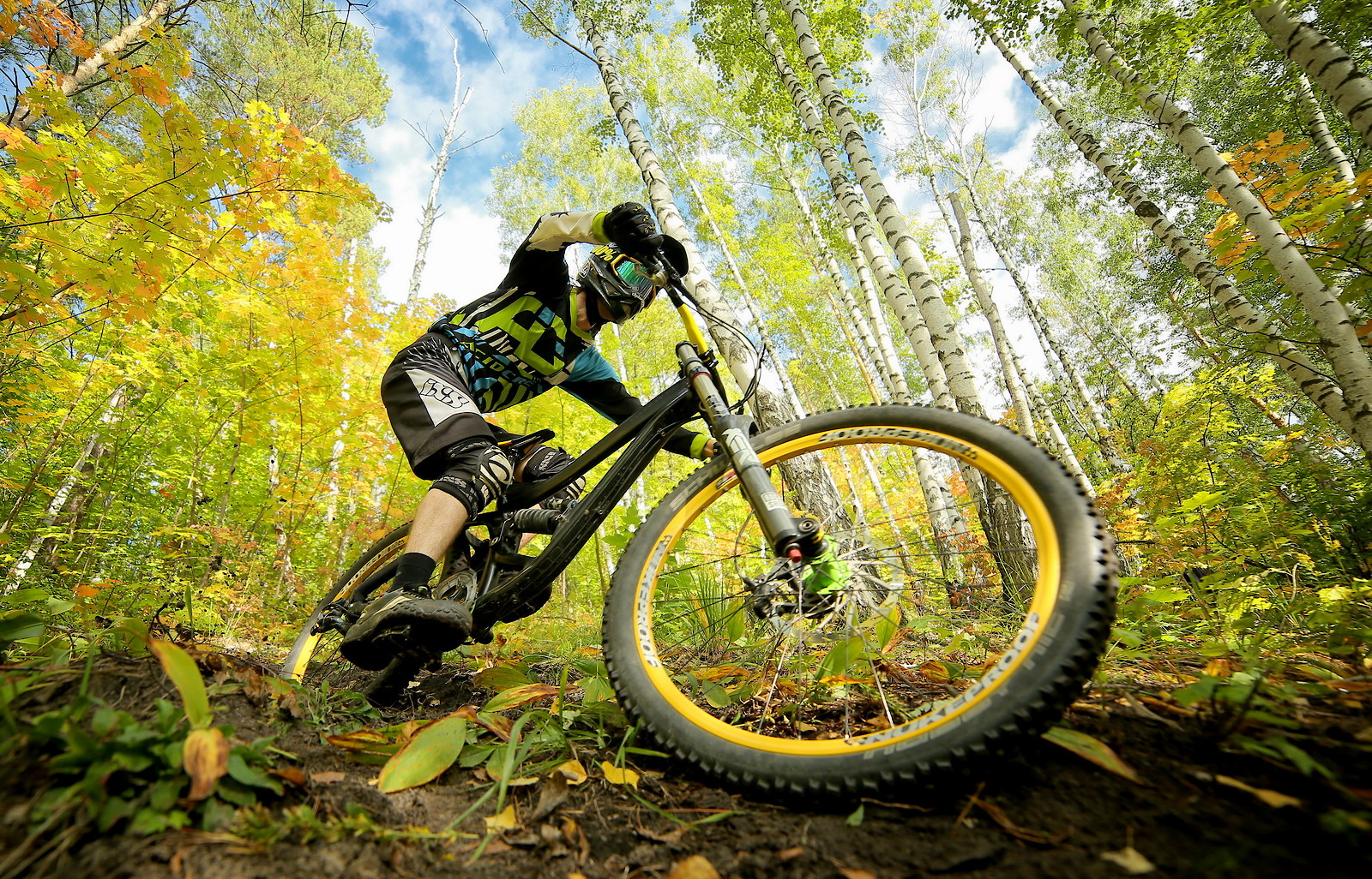 last day of autumn - YakuT - Mountain Biking Pictures - Vital MTB