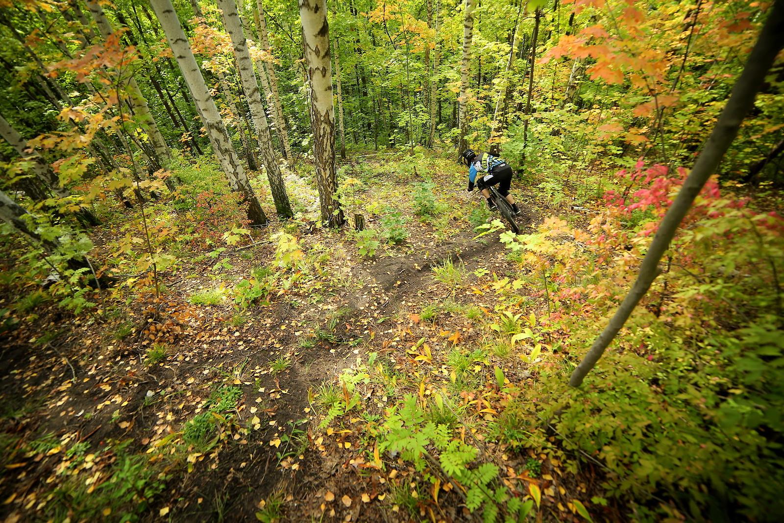 colors of fall - YakuT - Mountain Biking Pictures - Vital MTB