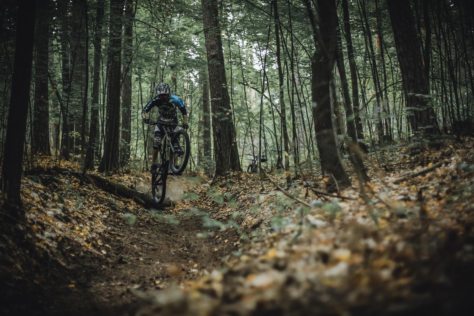 blackside - YakuT - Mountain Biking Pictures - Vital MTB