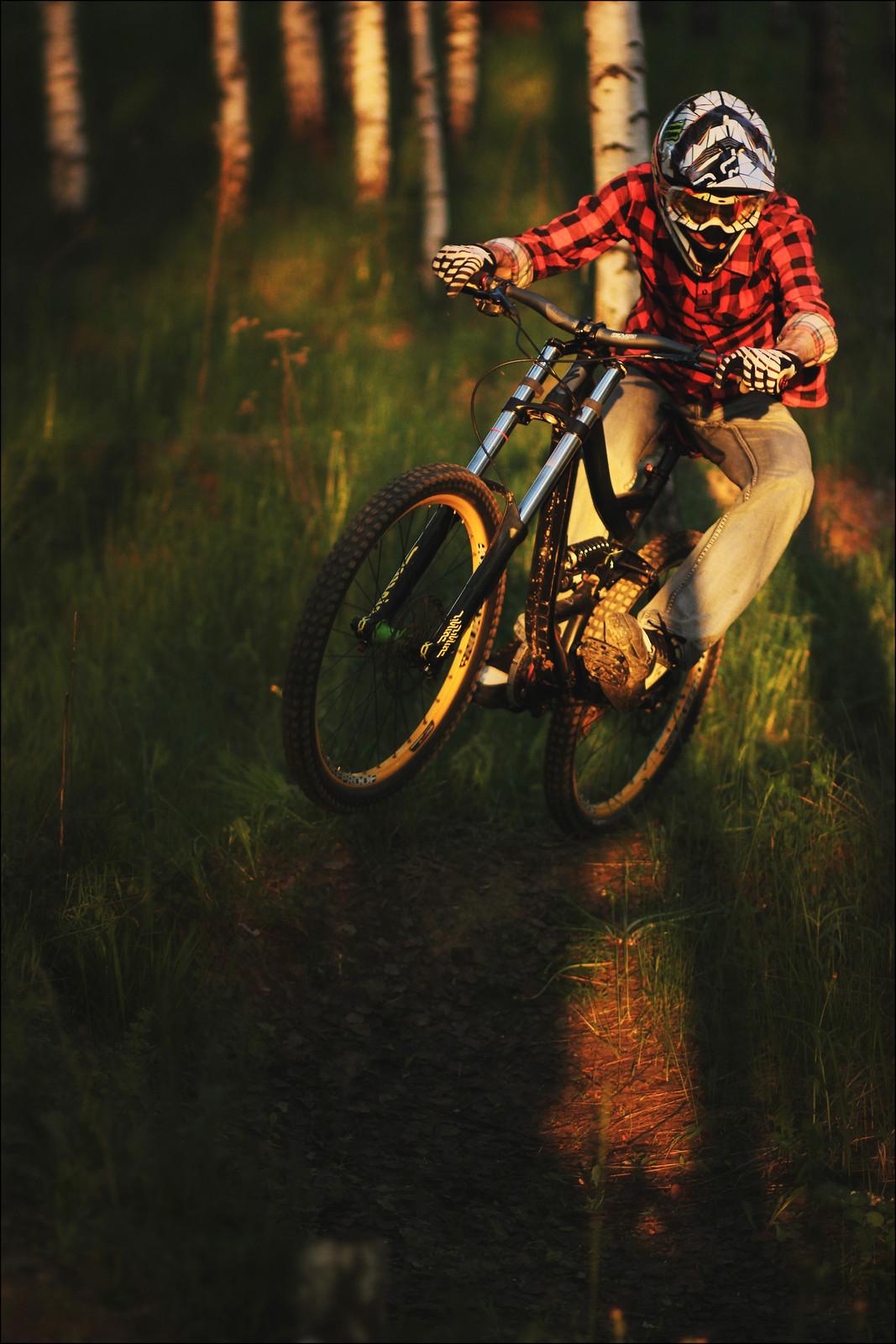 IMG 3383 - YakuT - Mountain Biking Pictures - Vital MTB