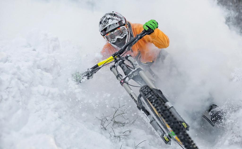 Cold winter, deep snow - YakuT - Mountain Biking Pictures - Vital MTB