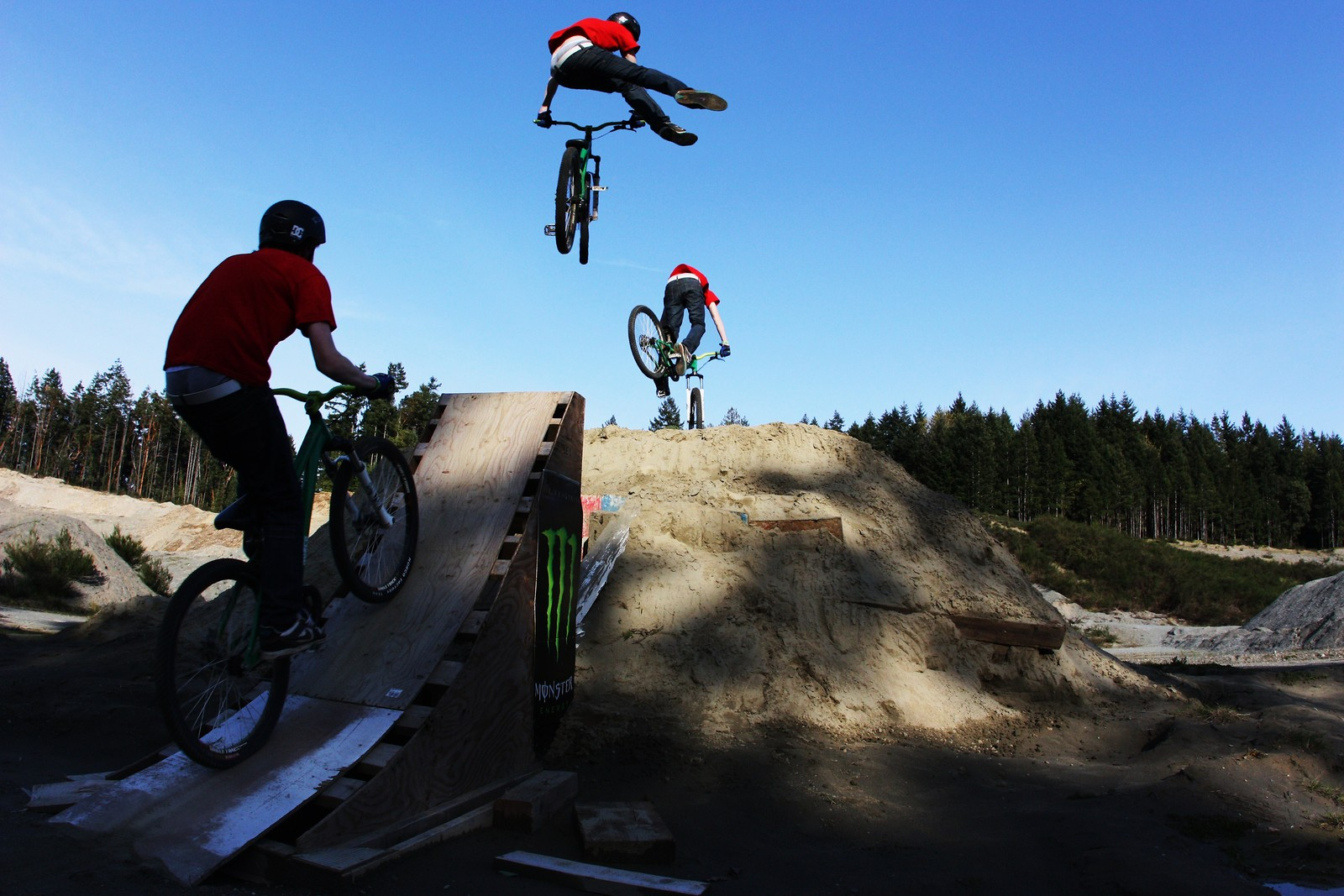 sequence nfc - Super T - Mountain Biking Pictures - Vital MTB