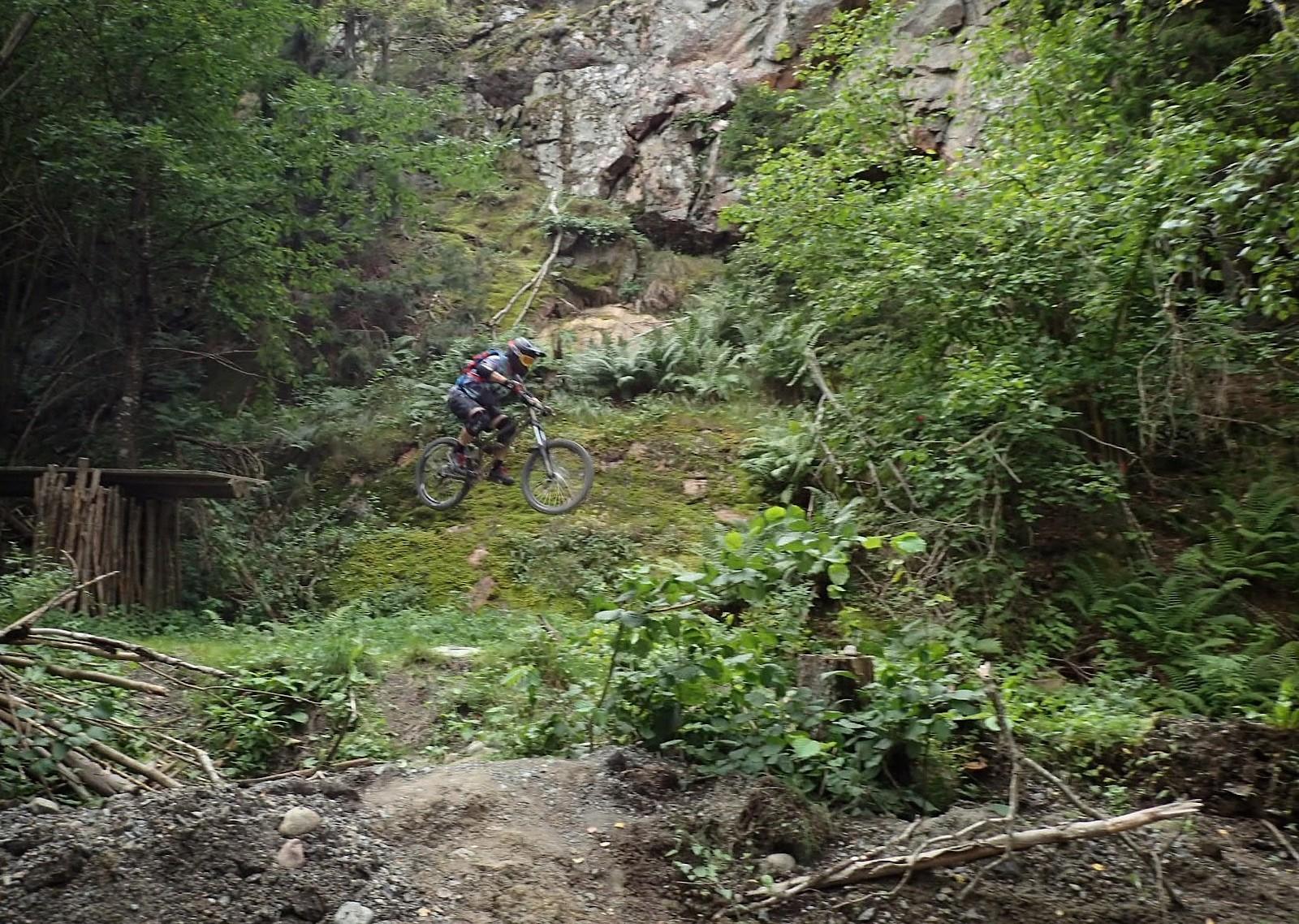 Stepdown - EST - Mountain Biking Pictures - Vital MTB