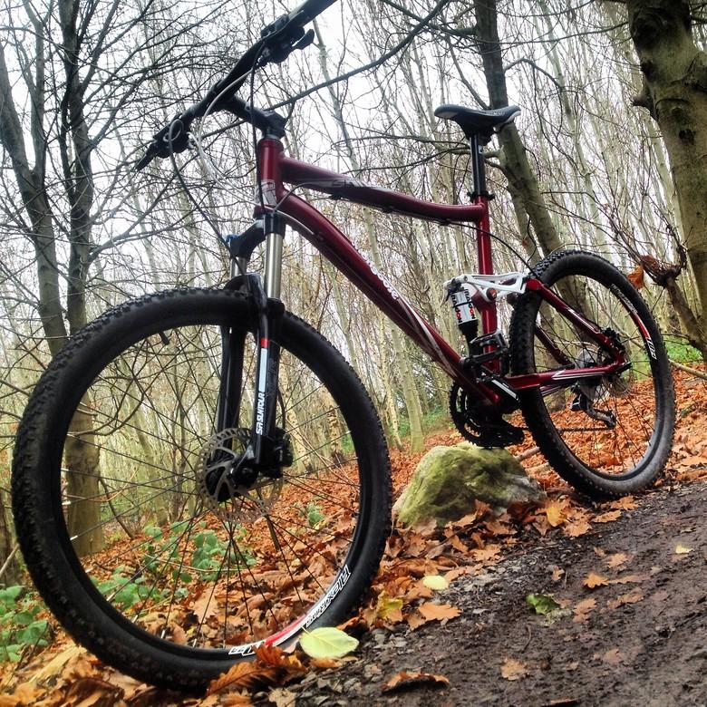 DarrenMcA's Mongoose - DarrenMcA's Bike Check - Vital MTB