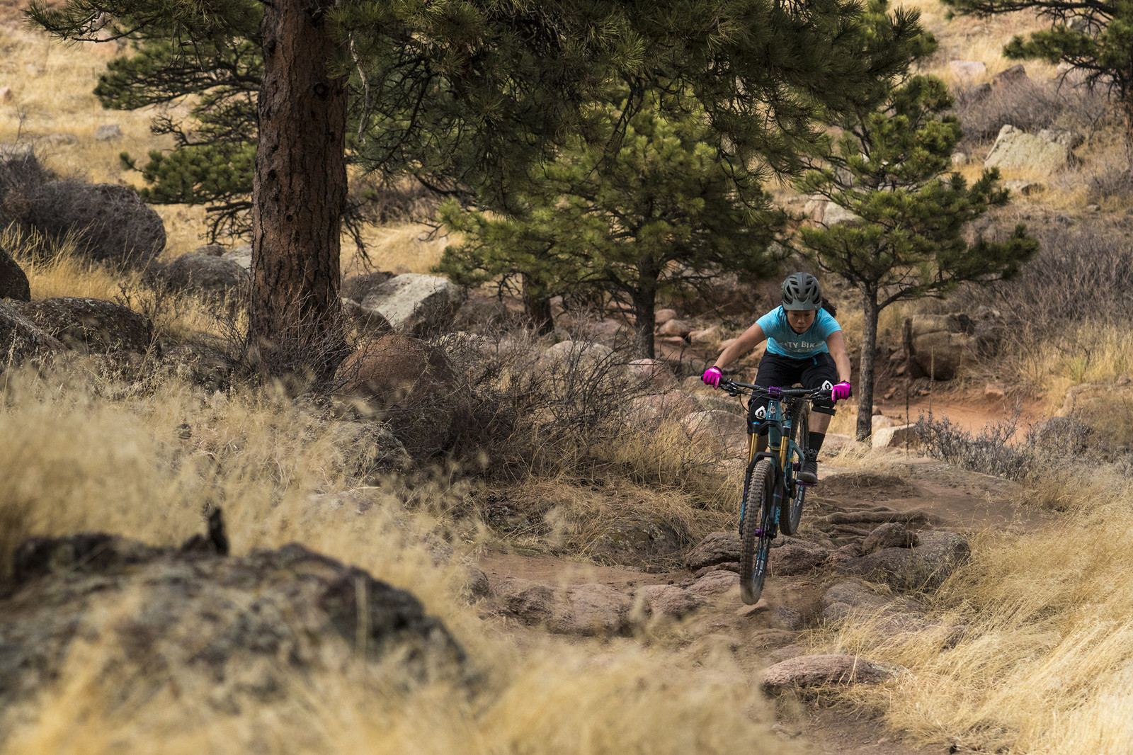 Airing through Rocks - gold_007 - Mountain Biking Pictures - Vital MTB