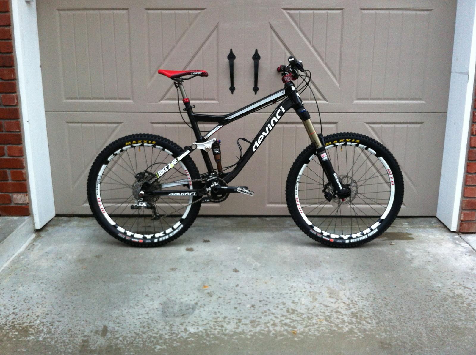 Devinci Dixon Trail/Enduro/All-Marketing