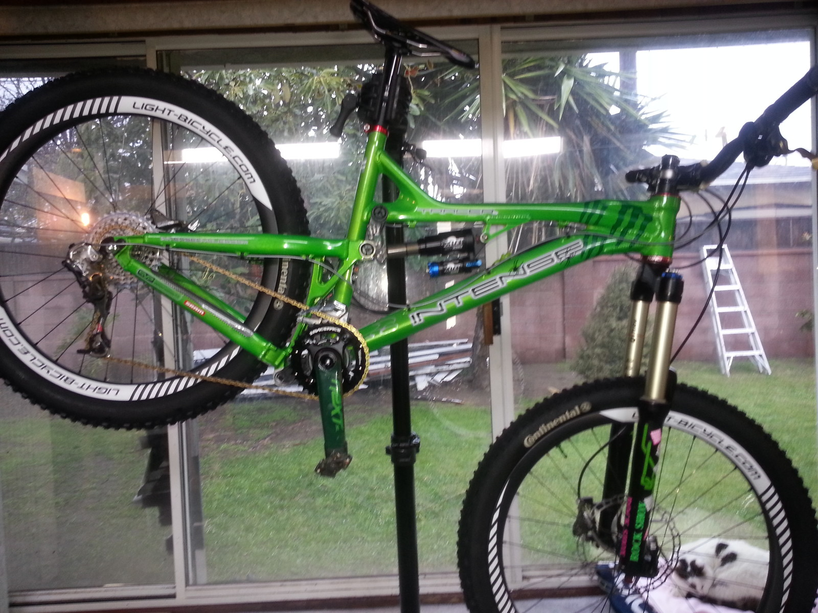 "2011 Intense Tracer VPP 26"" custom candy apple green"