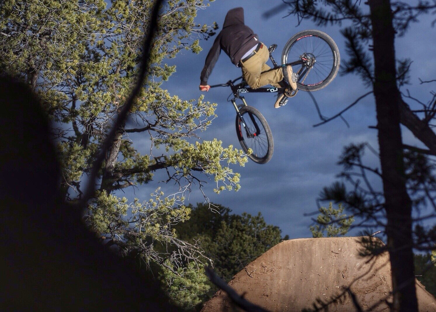 New Lines In The High Desert  - AMERICAN - Mountain Biking Pictures - Vital MTB