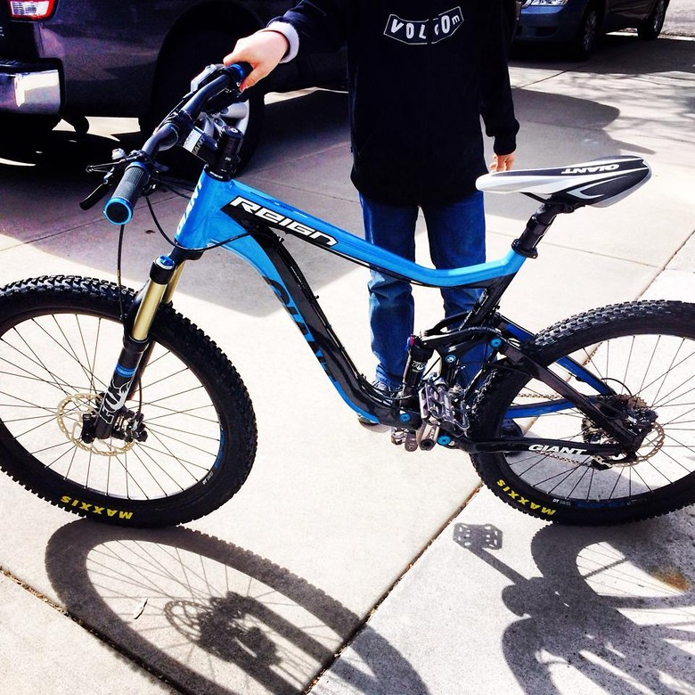b41a00bffc8 2013 Giant Reign 1 - sfar785's Bike Check - Vital MTB