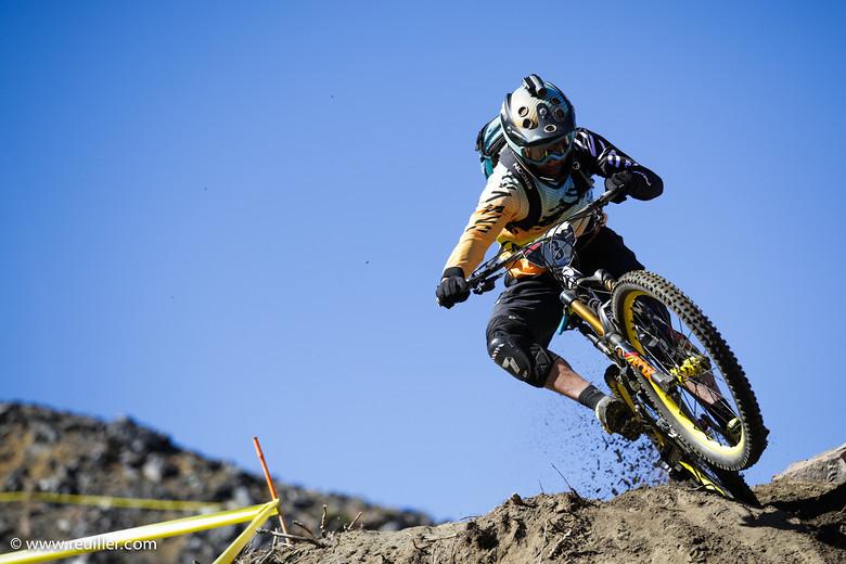 Fabien Barel racing in Chile
