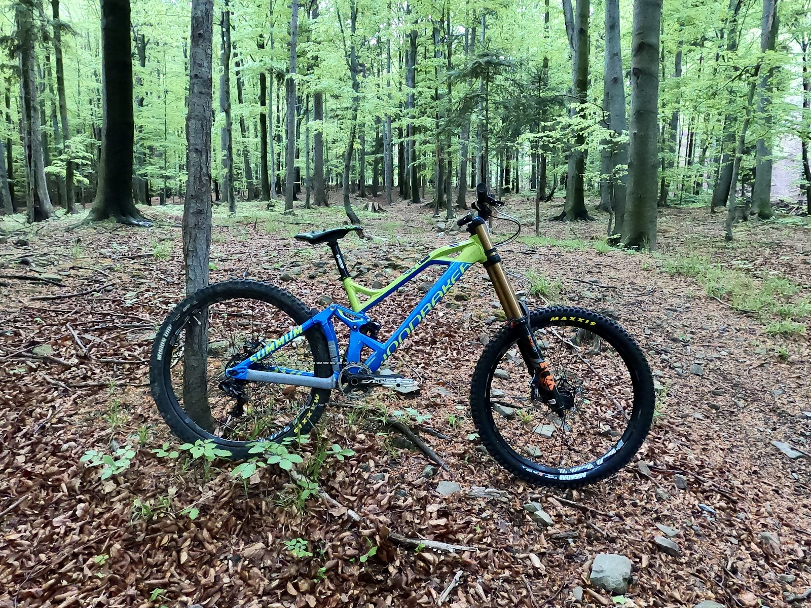 Mondraker Summum on Fox Suspension