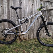 Nukeproof Reactor 275C