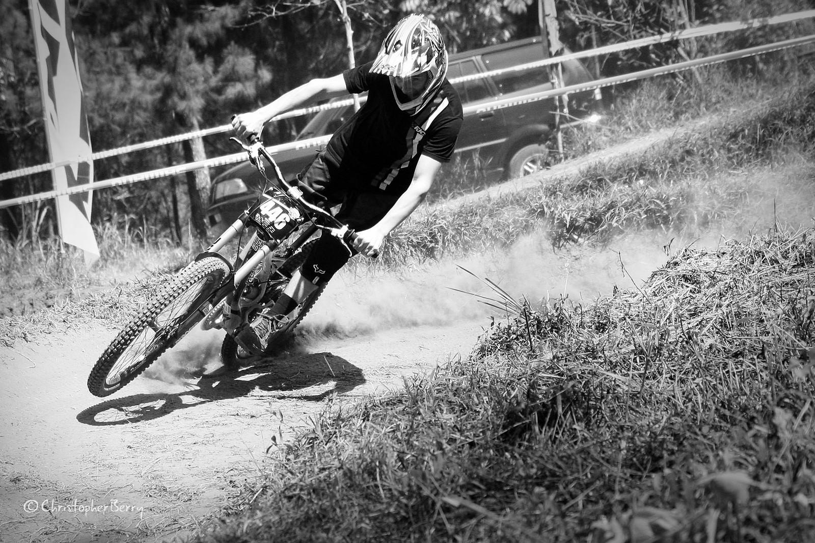 ShimanoUKDIseri02 - 0620 -mod BW - ombei - Mountain Biking Pictures - Vital MTB