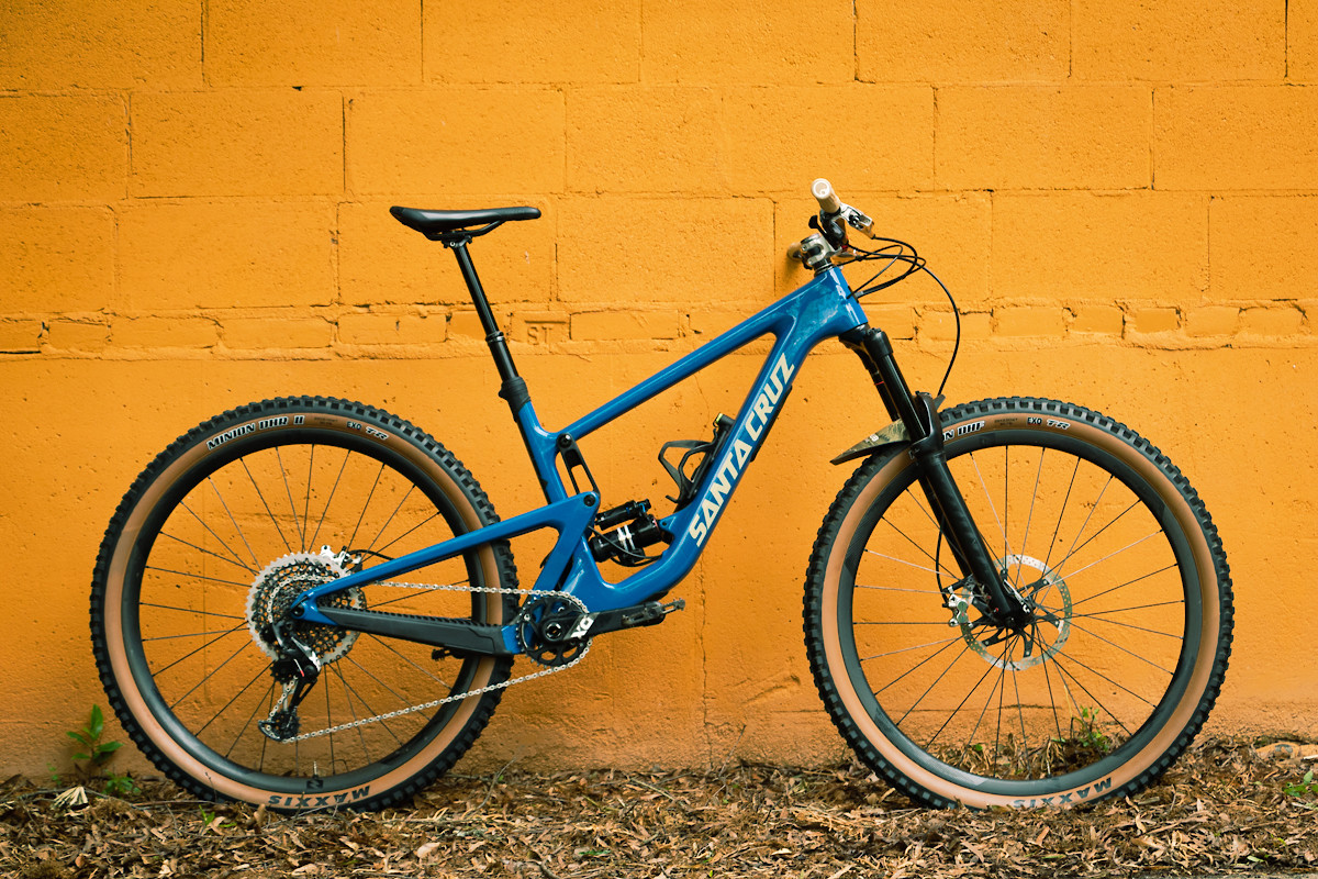 Santa Cruz Hightower V2 - The Blue Devil