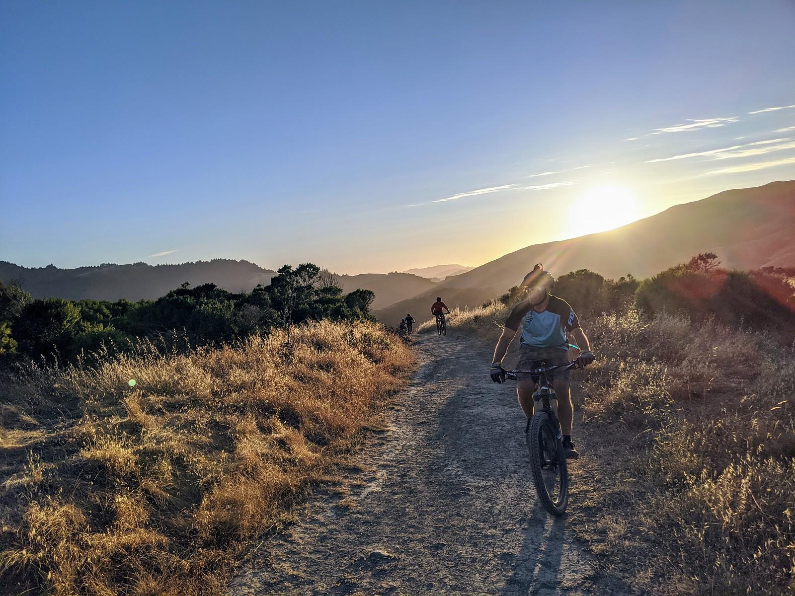 Early Evening Ride - coyoterun - Mountain Biking Pictures - Vital MTB