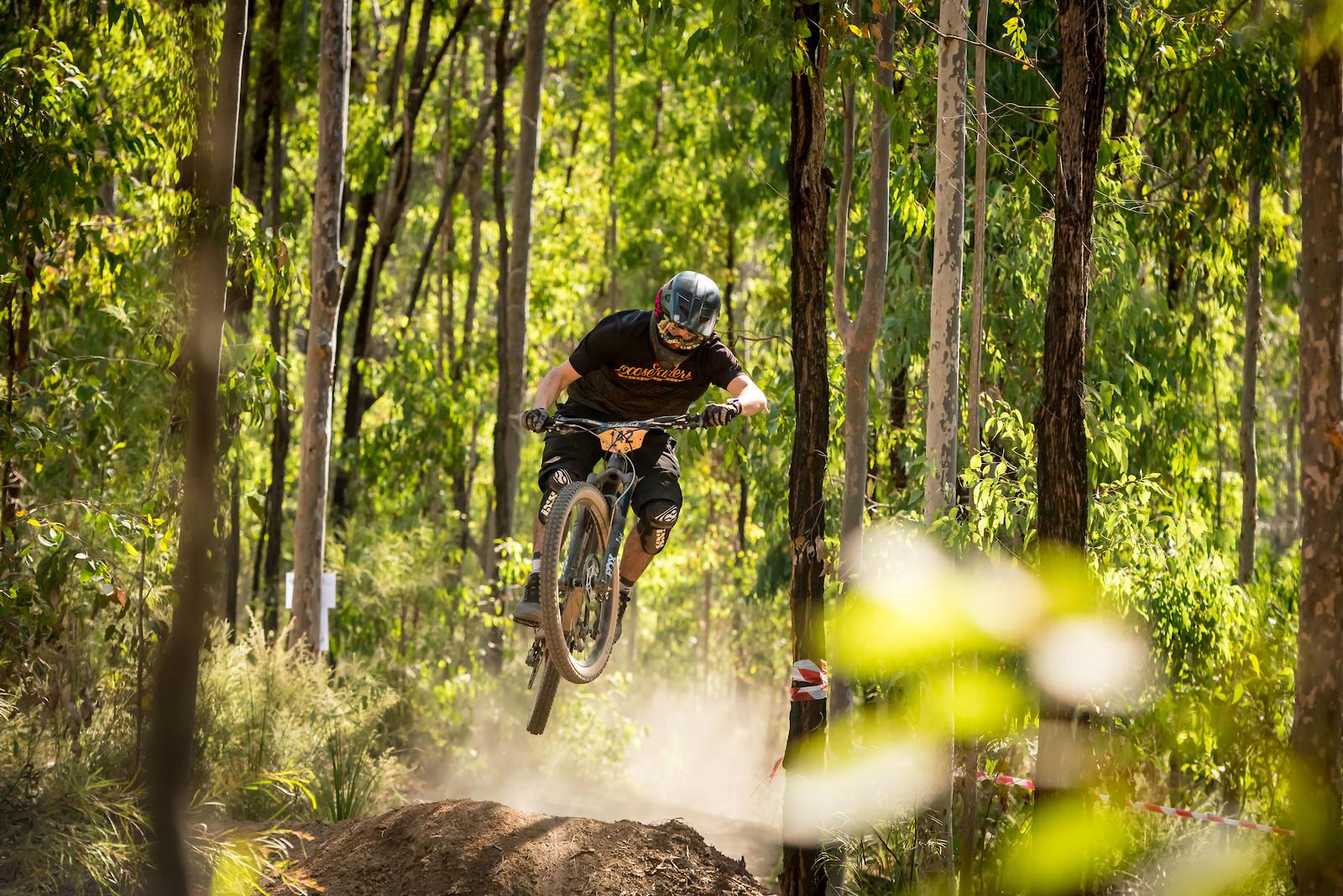 Crusing through the Tamrookum forest - BoostinSimmo - Mountain Biking Pictures - Vital MTB