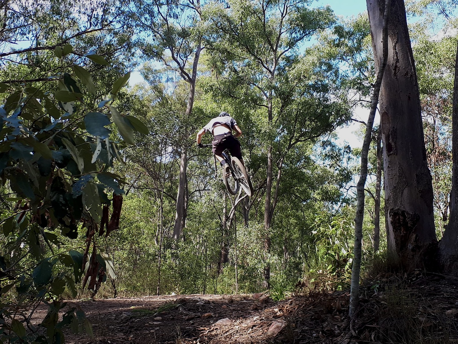 Sunday Sessions - BoostinSimmo - Mountain Biking Pictures - Vital MTB