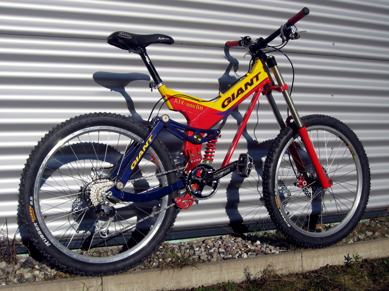 1999 Giant ATX one DH