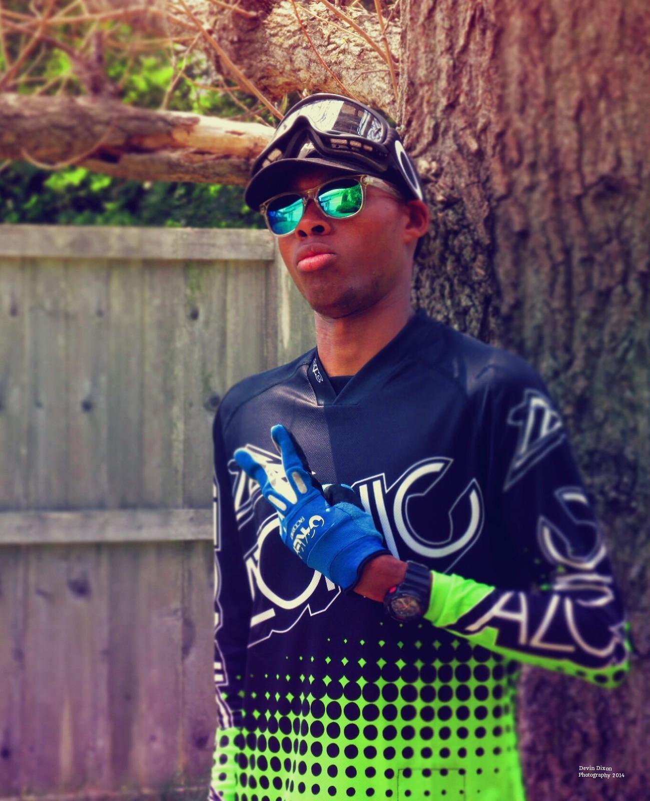 T-Man - MadMaxFlexin - Mountain Biking Pictures - Vital MTB