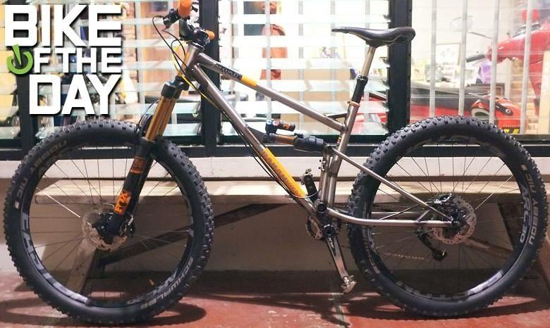 Babah Bike Brandal - Handmade Reynolds 520 Cromoly Fullsus