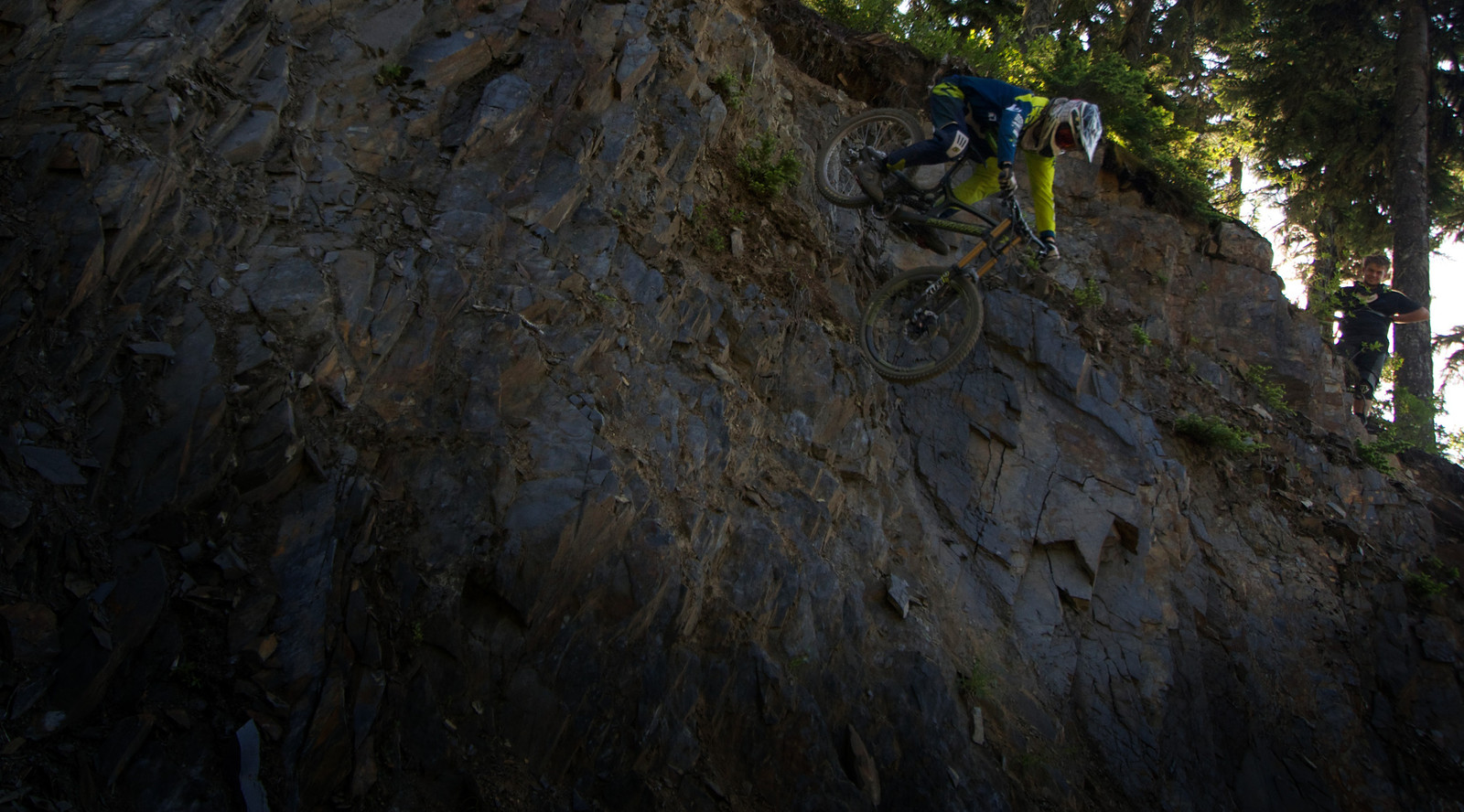 Shooting Up and Going Down - Dylan Kish - Mountain Biking Pictures - Vital MTB