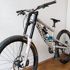 No frills, lightweight - Canyon Torque DHX '14