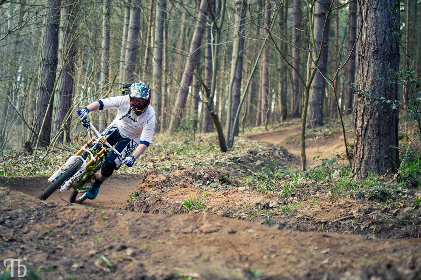 Berms - KillerXL5 - Mountain Biking Pictures - Vital MTB