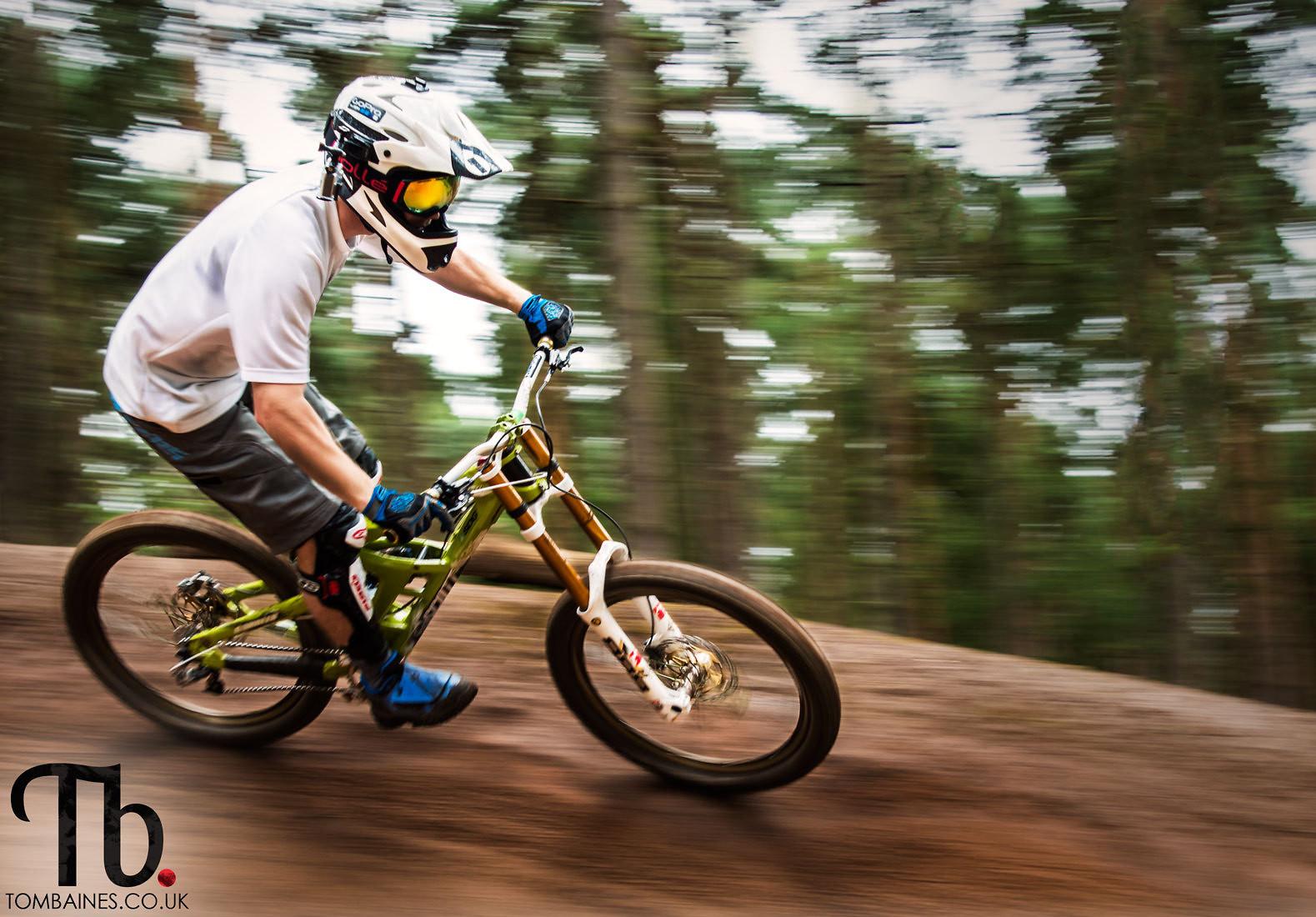 Pan shot - KillerXL5 - Mountain Biking Pictures - Vital MTB