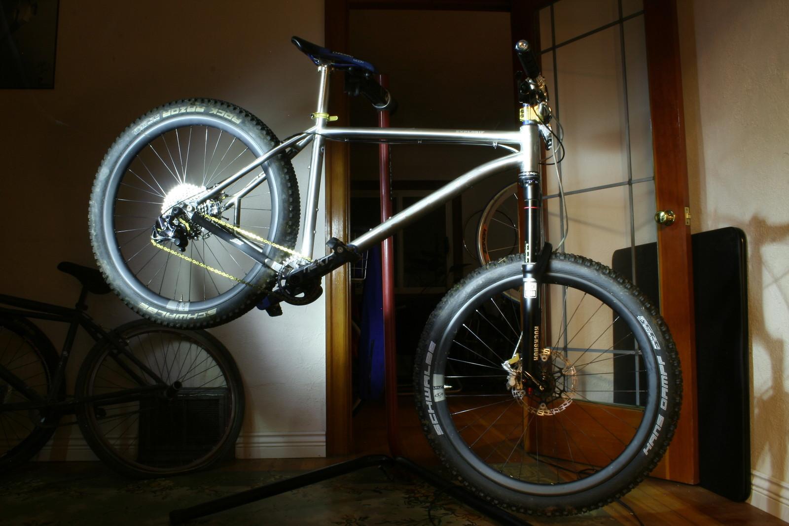 Ti Explosif - benkaz\'s Bike Check - Vital MTB